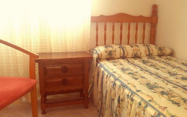 Отель Apartamento A Canteira Эль-Грове комната для гостей