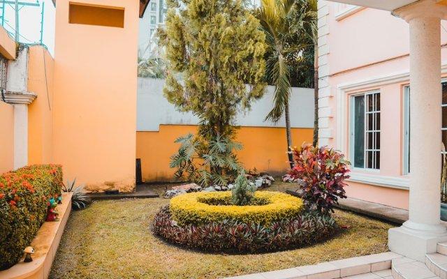 Отель Boutique Casa Jardines Гондурас, Сан-Педро-Сула - отзывы, цены и фото номеров - забронировать отель Boutique Casa Jardines онлайн