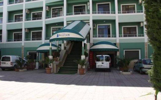 Vivas Hotel вид на фасад
