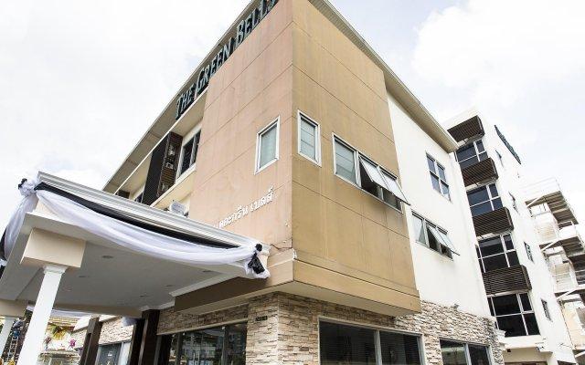 Отель Green Bells Residence New Petchburi Бангкок вид на фасад