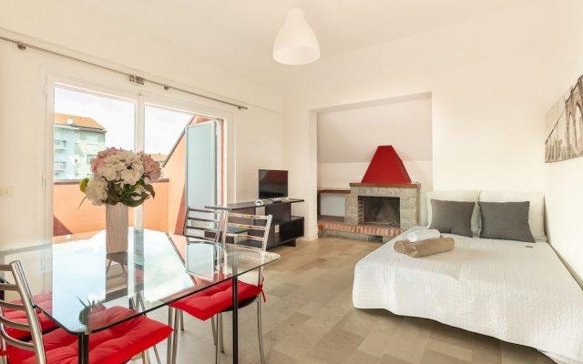 Отель Alessia's Flat Naviglio Grande 4 Италия, Милан - отзывы, цены и фото номеров - забронировать отель Alessia's Flat Naviglio Grande 4 онлайн комната для гостей