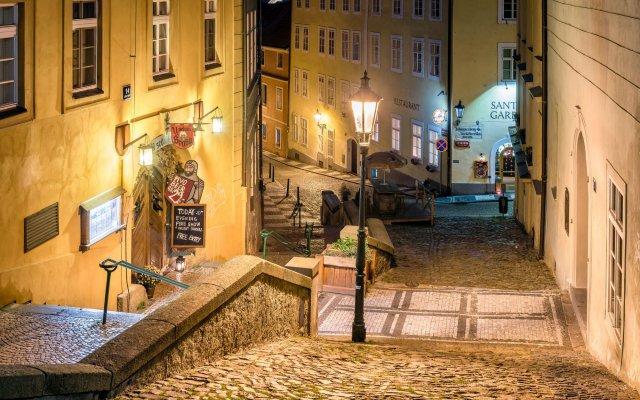 Отель MOOo by the Castle Чехия, Прага - отзывы, цены и фото номеров - забронировать отель MOOo by the Castle онлайн вид на фасад