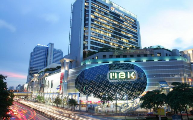Отель Top Inn Sukhumvit Бангкок вид на фасад