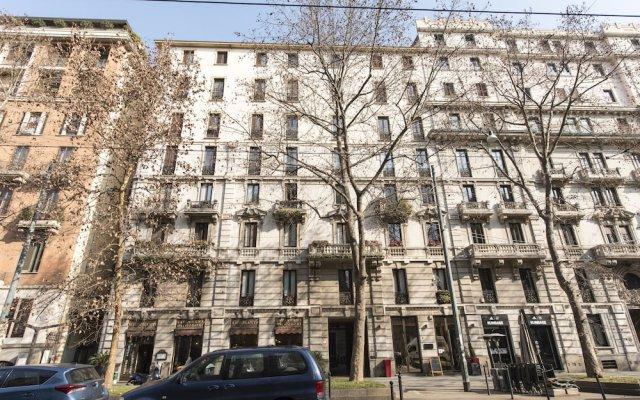 Отель BnButler - Corso Sempione 12 вид на фасад