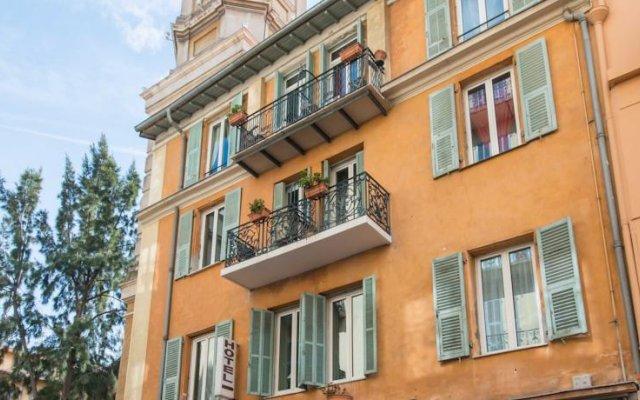 Отель Villa La Tour Ницца вид на фасад
