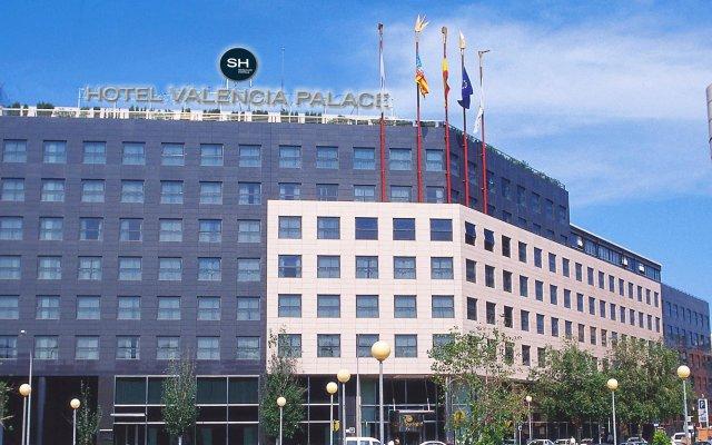 Отель SH Valencia Palace Испания, Валенсия - 1 отзыв об отеле, цены и фото номеров - забронировать отель SH Valencia Palace онлайн вид на фасад