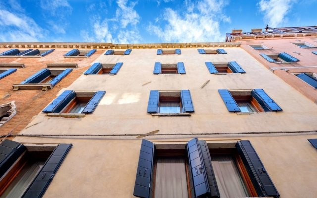 Отель Lion 2 Италия, Венеция - отзывы, цены и фото номеров - забронировать отель Lion 2 онлайн вид на фасад