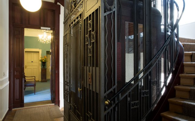 Hotel Art Nouveau вид на фасад
