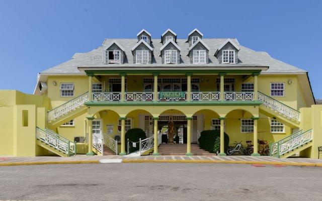 Отель SandCastles Deluxe Beach Resort Ямайка, Очо-Риос - отзывы, цены и фото номеров - забронировать отель SandCastles Deluxe Beach Resort онлайн вид на фасад