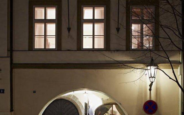 Отель Almandine Чехия, Прага - отзывы, цены и фото номеров - забронировать отель Almandine онлайн вид на фасад