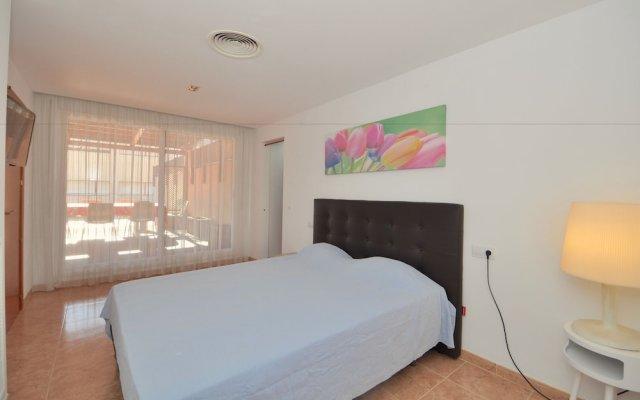 Отель Apartamento Duplex Llaverias Испания, Льорет-де-Мар - отзывы, цены и фото номеров - забронировать отель Apartamento Duplex Llaverias онлайн комната для гостей