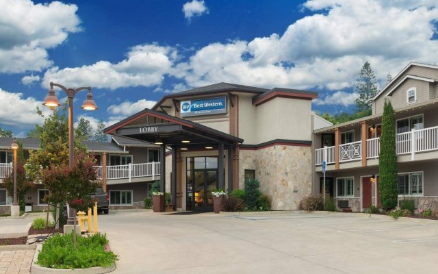 Отель Best Western The Inn Of Los Gatos вид на фасад