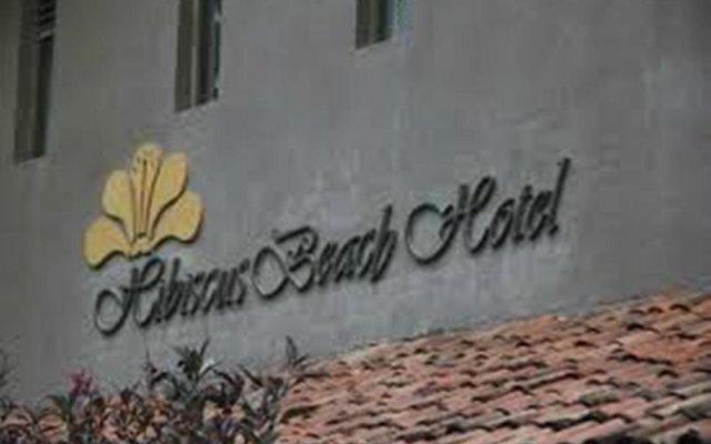 Hibiscus Beach Hotel & Villas вид на фасад