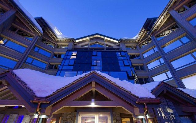 Отель Altapura вид на фасад