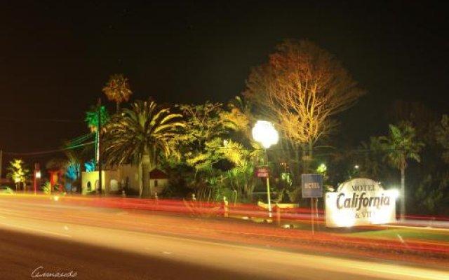 California Trailer Park & Hotel вид на фасад
