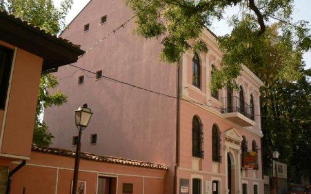 Отель Plovdiv Guesthouse вид на фасад
