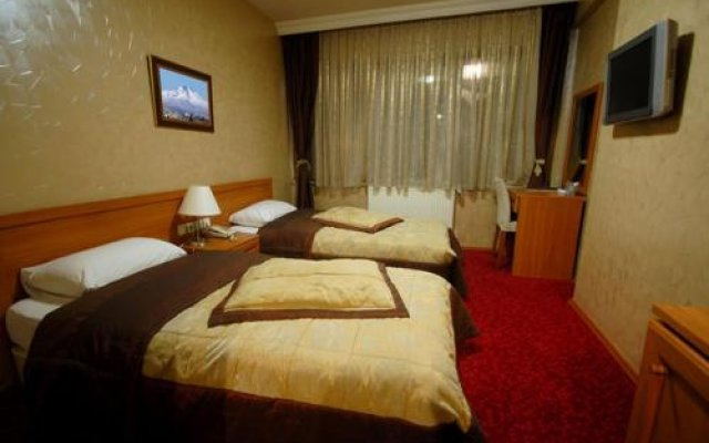 Grand Ulger Hotel Турция, Кайсери - отзывы, цены и фото номеров - забронировать отель Grand Ulger Hotel онлайн комната для гостей