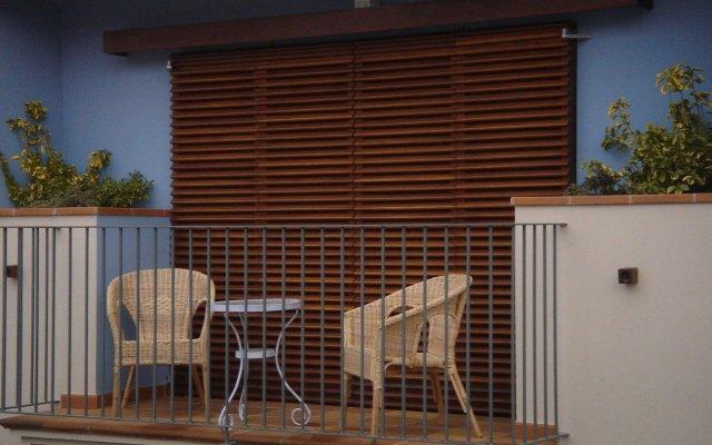 Отель Carmen Испания, Курорт Росес - отзывы, цены и фото номеров - забронировать отель Carmen онлайн вид на фасад