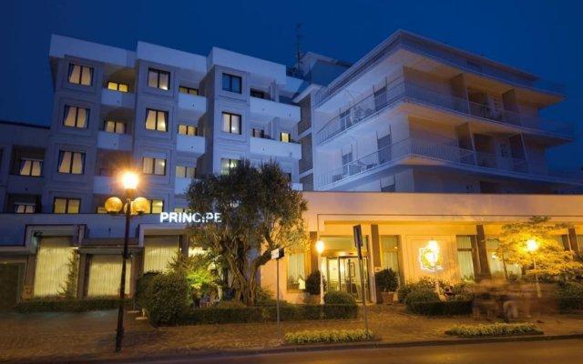 Отель Principe Terme Италия, Абано-Терме - отзывы, цены и фото номеров - забронировать отель Principe Terme онлайн вид на фасад