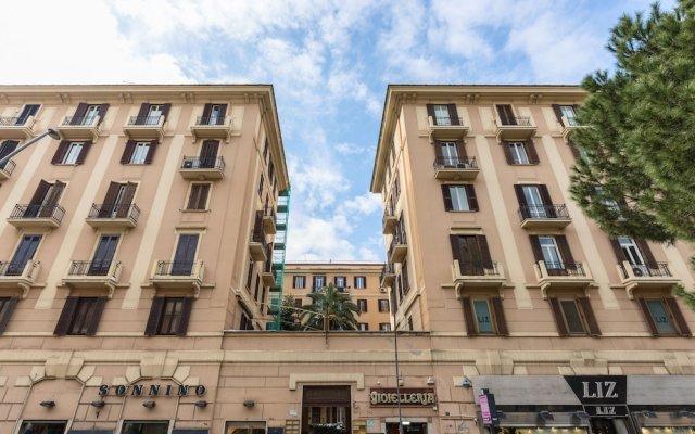 Отель Jukebox & Rooms B&B вид на фасад