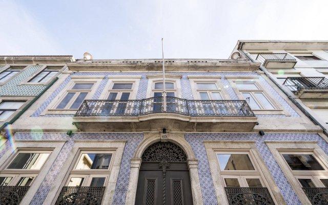 Отель Palácio Fenizia (Charm Palace) вид на фасад