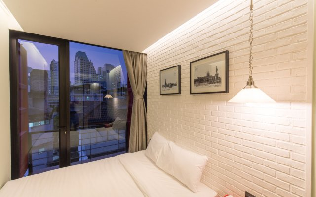 Отель Sleepbox Sukhumvit 22 Бангкок комната для гостей