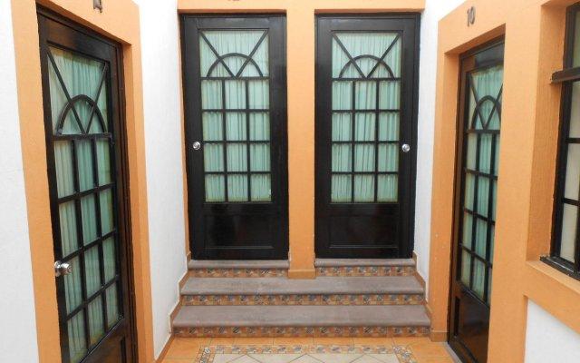 Отель Posada Garibaldi Мексика, Гвадалахара - отзывы, цены и фото номеров - забронировать отель Posada Garibaldi онлайн вид на фасад