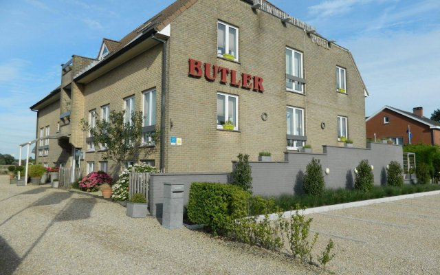 Отель Butler Бельгия, Зуенкерке - отзывы, цены и фото номеров - забронировать отель Butler онлайн вид на фасад