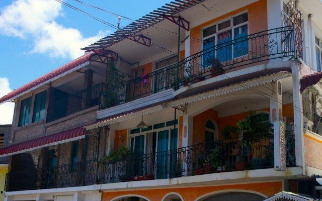 Отель Le Bamboo вид на фасад
