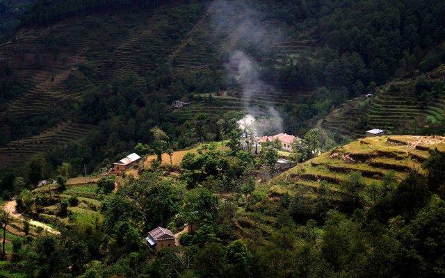 Отель Nagarkot Naldum Village Resort Непал, Нагаркот - отзывы, цены и фото номеров - забронировать отель Nagarkot Naldum Village Resort онлайн приотельная территория