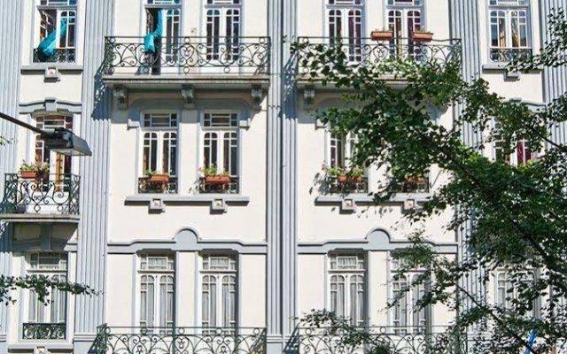 Nasoni Guest Hostel вид на фасад