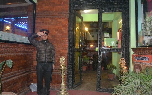 Отель Kathmandu Eco Hotel Непал, Катманду - отзывы, цены и фото номеров - забронировать отель Kathmandu Eco Hotel онлайн вид на фасад