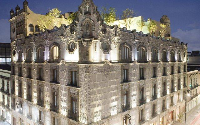 Отель Hampton Inn & Suites Mexico City - Centro Historico вид на фасад
