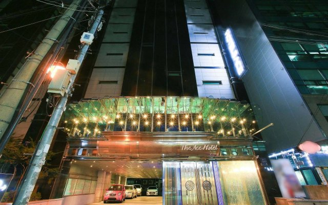 The Ace Hotel вид на фасад