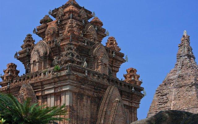Sheraton Nha Trang Hotel & Spa вид на фасад