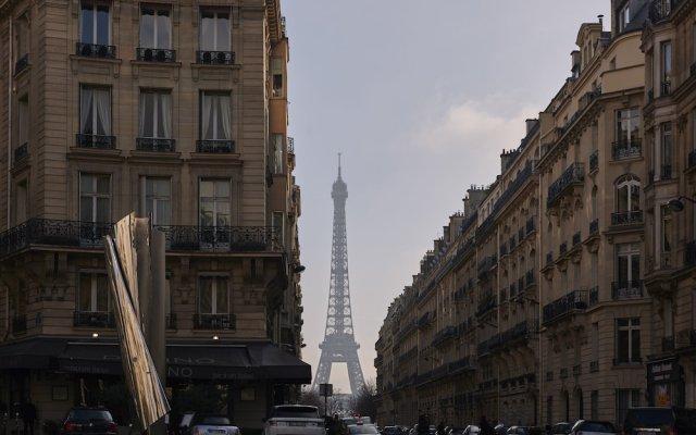 Plaza Tour Eiffel Hotel вид на фасад
