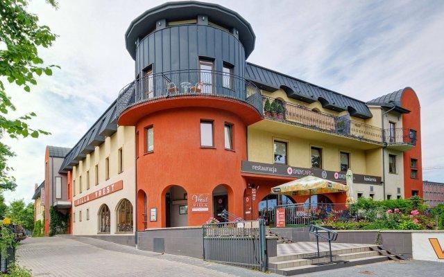 Отель Villa Vrest Гданьск вид на фасад