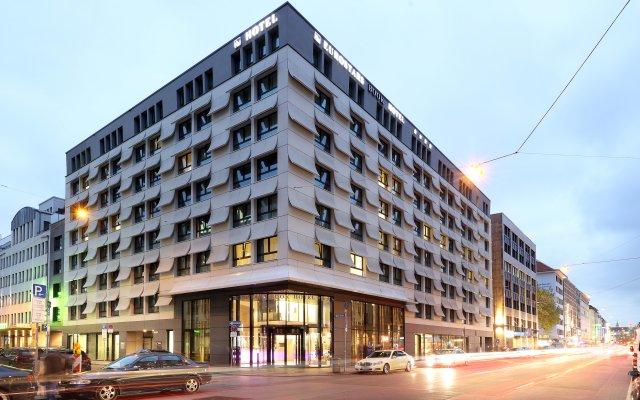 Eurostars Book Hotel вид на фасад