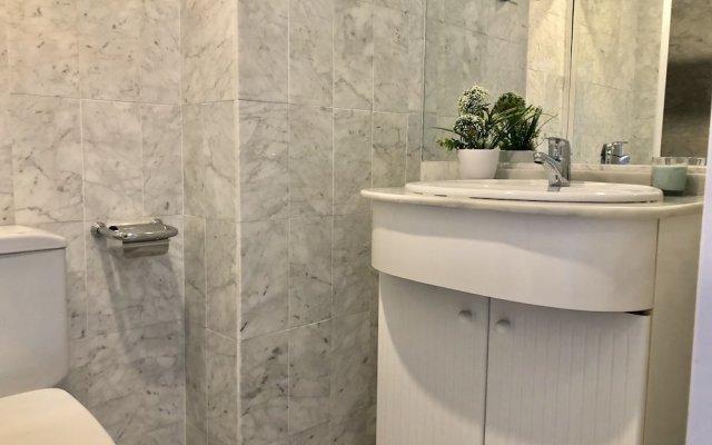 Отель Rentcostadelsol Apartamento Fuengirola - Doña Sofía 5E Фуэнхирола