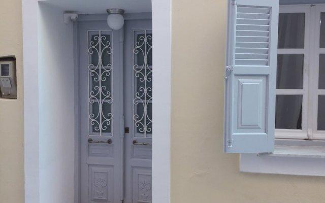 Отель LOC Hospitality - Venetian Well Family Корфу вид на фасад