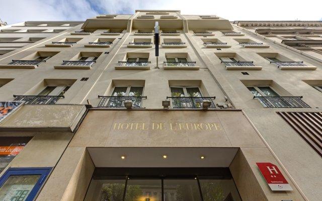 Hotel Lena вид на фасад