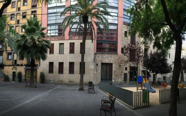 Отель Aparthotel Allada Барселона вид на фасад