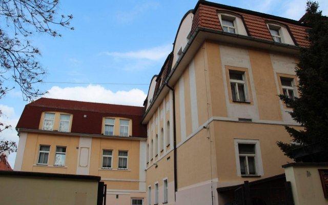 Hotel Roosevelt Литомержице вид на фасад