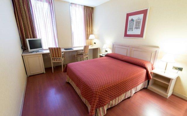 Отель Sunotel Aston Испания, Барселона - 5 отзывов об отеле, цены и фото номеров - забронировать отель Sunotel Aston онлайн вид на фасад