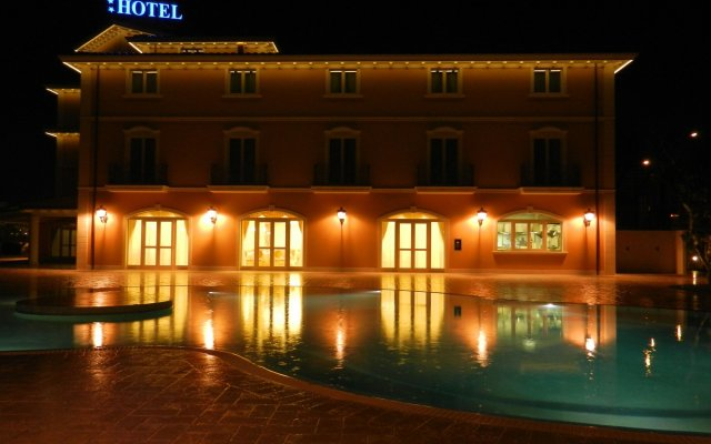 Отель Villa Michelangelo Ситта-Сант-Анджело вид на фасад