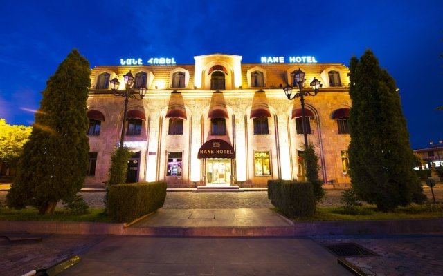 Отель Нанэ вид на фасад