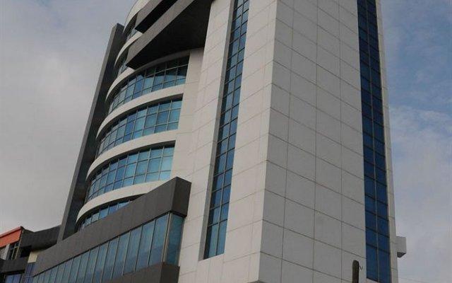 Отель Iron Баку вид на фасад