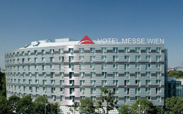 Отель Austria Trend Messe Вена вид на фасад