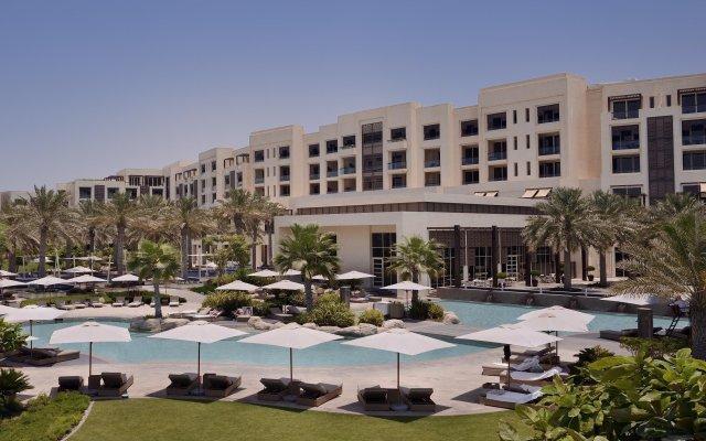 Park Hyatt Abu Dhabi Hotel & Villas вид на фасад