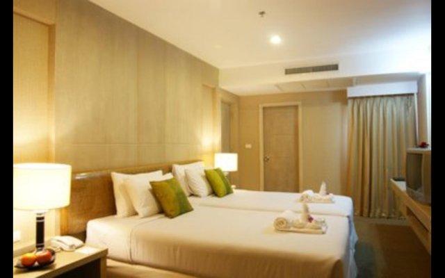 Niran Grand Hotel комната для гостей